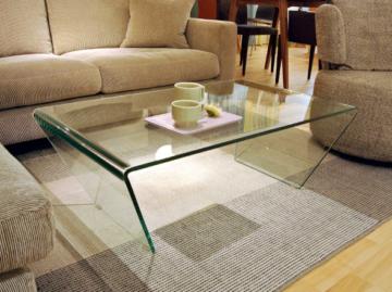おしゃれなガラスローテーブル4
