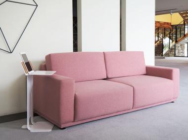可愛いピンクのソファー4