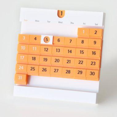 おしゃれでかわいいデザインの卓上カレンダー8