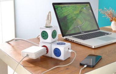 USB充電ポート付きのおしゃれ電源タップ4