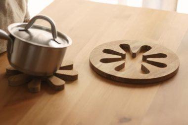 北欧ブランドのおしゃれな木製鍋敷き2
