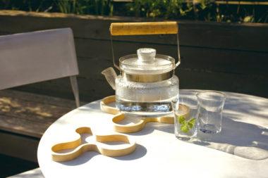 北欧ブランドのおしゃれな木製鍋敷き1