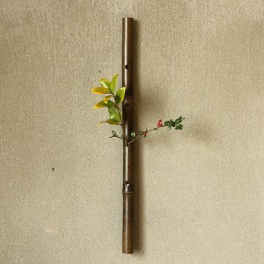 おしゃれな壁掛け木製一輪差し花瓶8