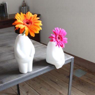 おしゃれな白基調の陶器製一輪差し花瓶5