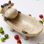 ソープディッシュ バスタブでくつろぐウシさん 陶器製