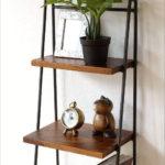 ラダーラック 棚 木製 飾り棚 おしゃれ ディスプレイラック アイアンとシーシャムの4段ラダーシェ…