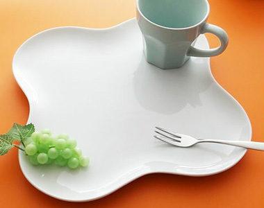 おしゃれなデザインで安い!シンプルな日本製の白い食器おすすめ8選