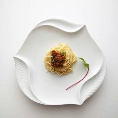日本製おしゃれ白い食器