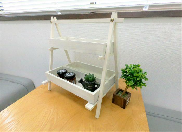 100均DIY観葉植物飾り棚