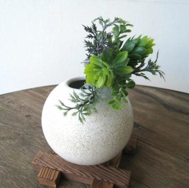 おしゃれな陶器製の和風花瓶