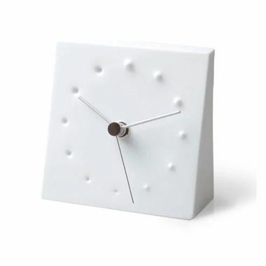 北欧テイストのおしゃれな置時計