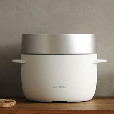 おしゃれな白い炊飯器