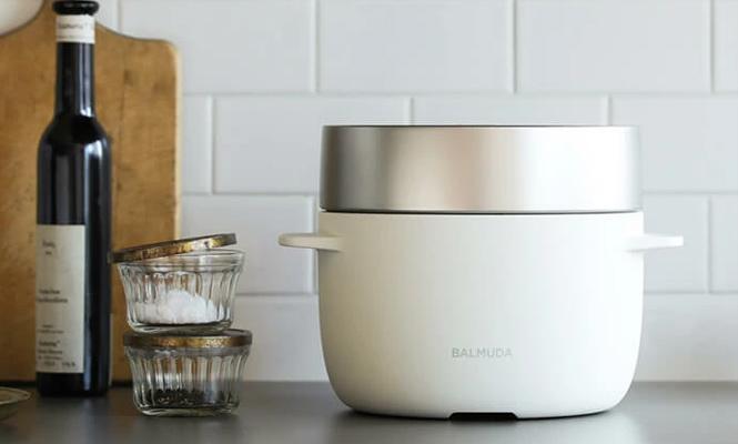 おしゃれなデザインの炊飯器